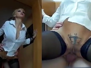 Flashing One of many ways to make Miss Jeannette horny...