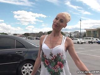Mom Yelena Vera