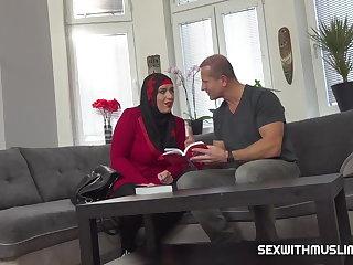 Cheating Grateful sexy muslim gets boned