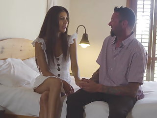 Cuckold Cuckold Husband presents his Wife with a BBC