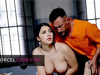 Valentina Nappi is insatiable and has an orgasm in jail Valentina Nappi