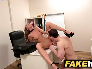 Castings Female Agent Sexy agent gets licked to orgasm after fucking