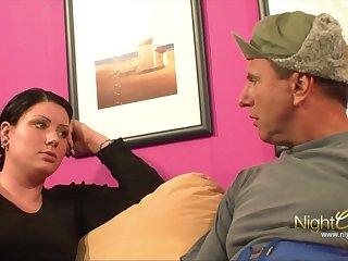 Blowjobs Stiefbruder fickt seine Schwester